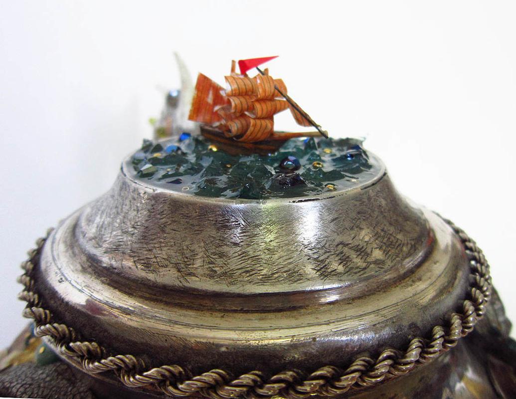 seamonster-sculpture