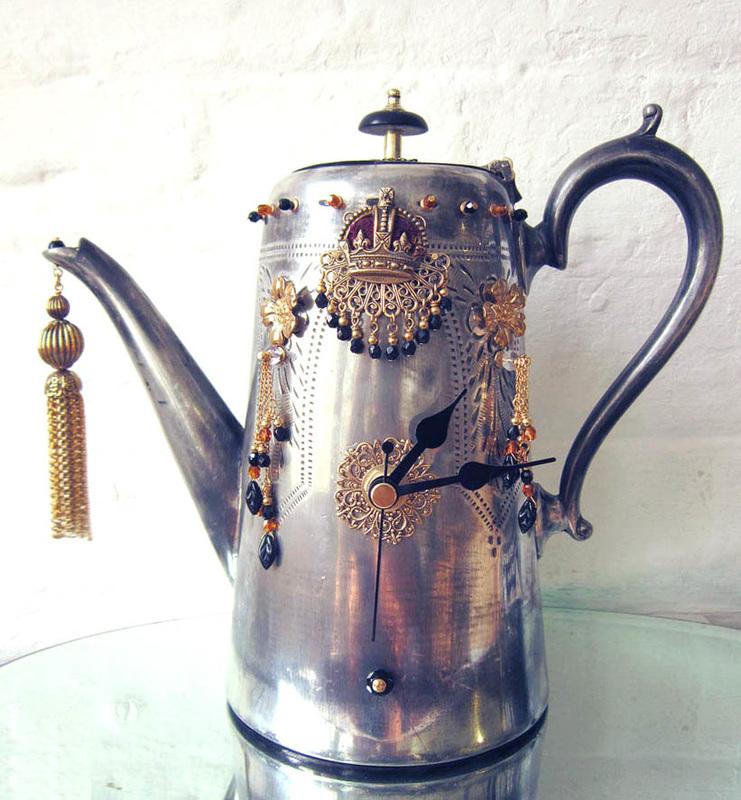 teapot clock sculptures