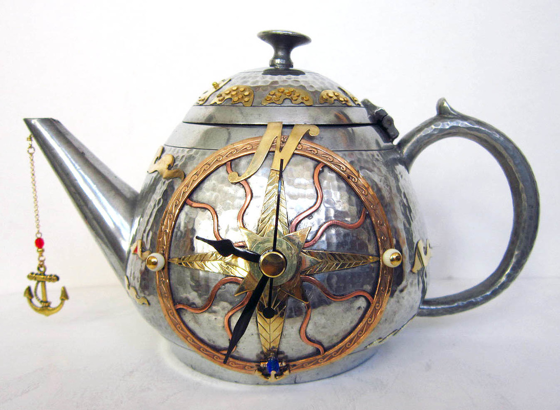teapot-clock-sculptures (9)